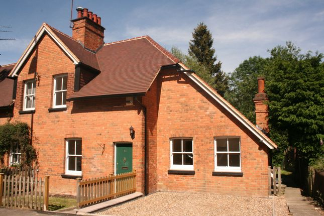 Thumbnail Cottage to rent in Cobden Hill, Radlett