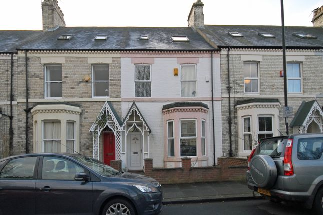 Thumbnail Property to rent in Holly Avenue, Jesmond, Newcastle Upon Tyne