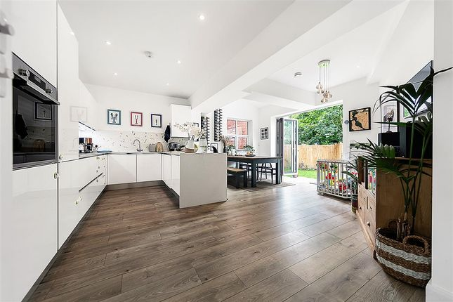 Thumbnail Detached house for sale in Eardley Road, London