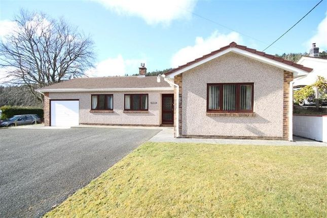 Thumbnail Bungalow to rent in Llanafan, Aberystwyth