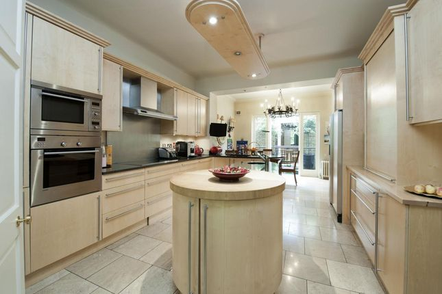 Kitchen of Kensington Square, Kensington, London W8