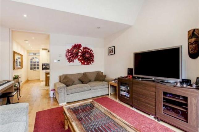 Thumbnail Flat to rent in Southwark, London