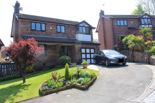 Thumbnail Detached house for sale in Cross Rise, Glossop