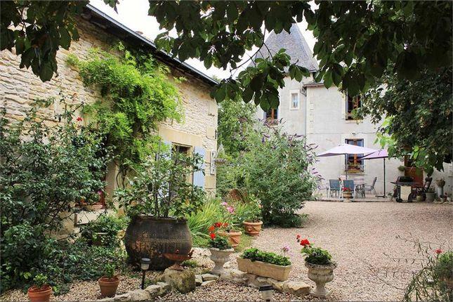 4 bed property for sale in Poitou-Charentes, Vienne, Moncontour