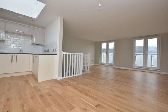 Thumbnail Flat to rent in The Grosvenor House, Moortown, Leeds, West Yorkshire