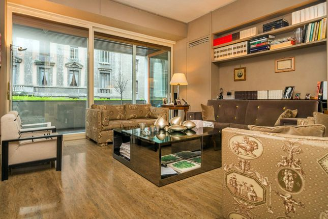 4 bed apartment for sale in Milan, Italy