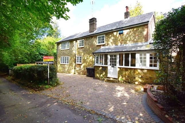 Thumbnail Cottage for sale in Smugglers Lane, Crowborough