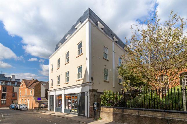 Inkedward-Street-Guildford-Apartment-Img_9913 (2)_