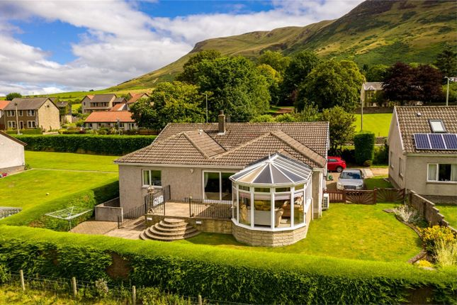 Thumbnail Detached bungalow for sale in 2 Kinnesswood Farm Cottage, Kinnesswood, Kinross-Shire