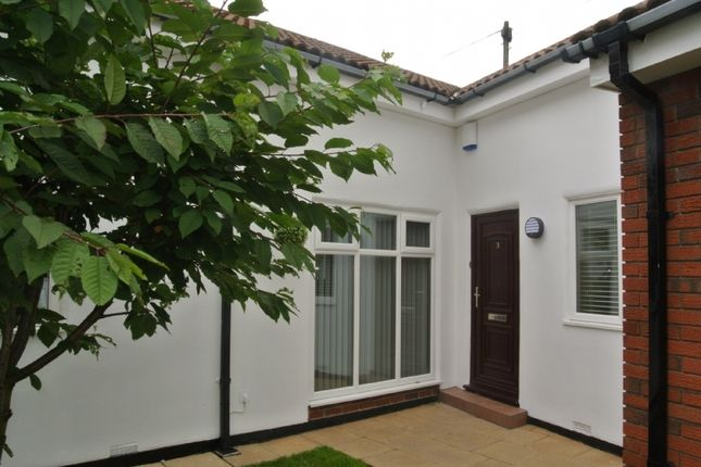 Thumbnail Bungalow to rent in The Mews, Tynemouth, North Shields