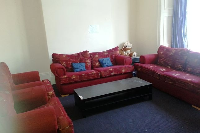 8 bed terraced house to rent in Brighton Grove, Arthurs Hill, Newcastle Upon Tyne