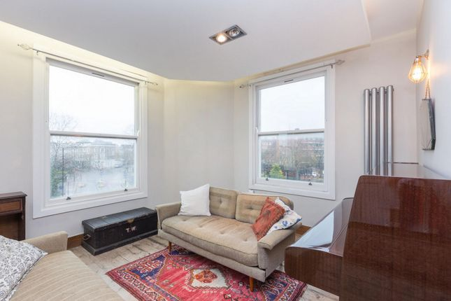 Thumbnail Flat to rent in Boleyn Road, London