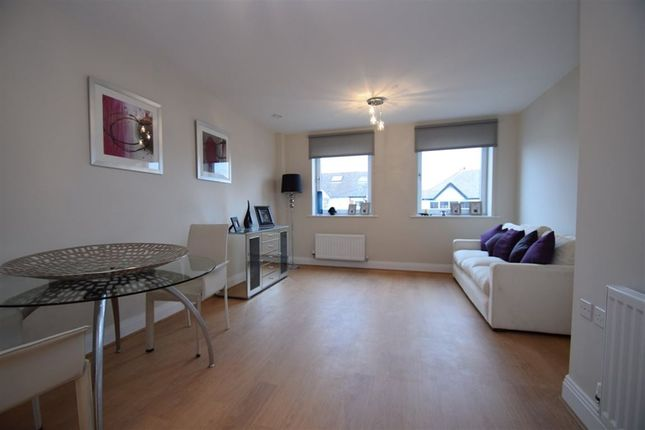 Thumbnail Property to rent in Clearview House, Pinner Road, Northwood