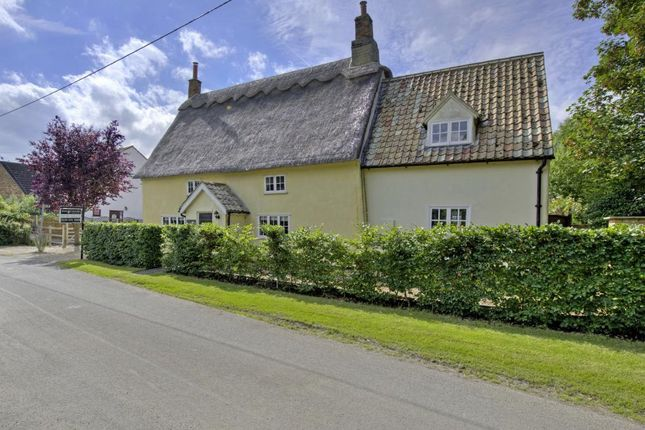 Thumbnail Detached house for sale in Winwick, Huntingdon