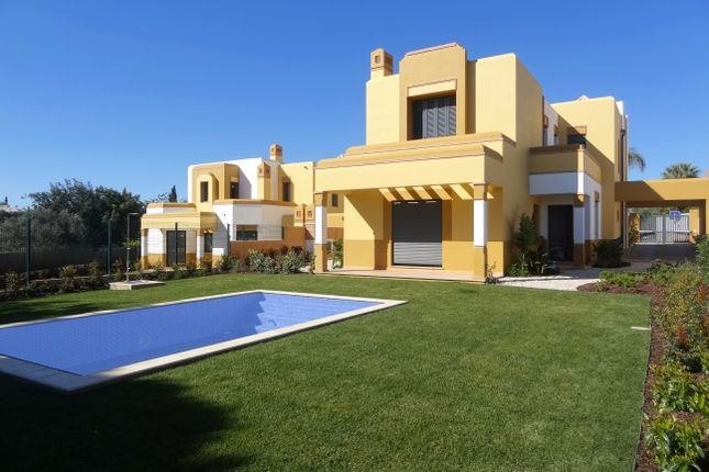 5 bed villa for sale in Guia, Albufeira, Portugal