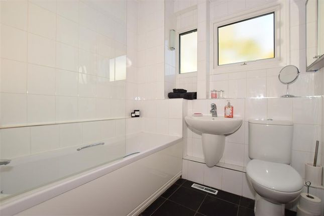 Bathroom of Punch Croft, New Ash Green, Longfield, Kent DA3