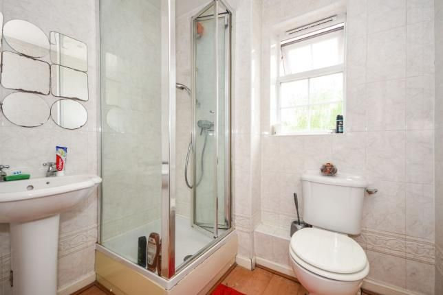 Ensuite of Chafford Hundred, Grays, Essex RM16