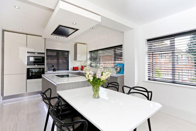 Thumbnail Flat to rent in Bromet Close, Watford