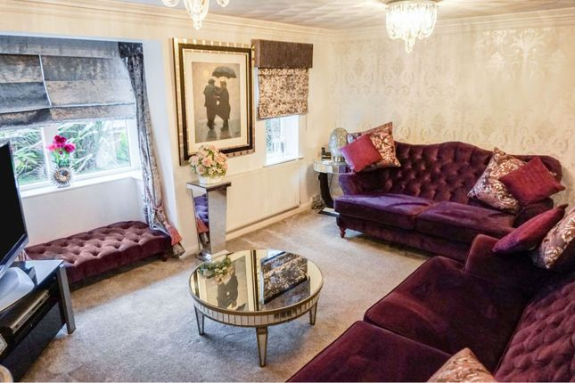 Lounge of Quarries Way, Kirkby-In-Ashfield NG17
