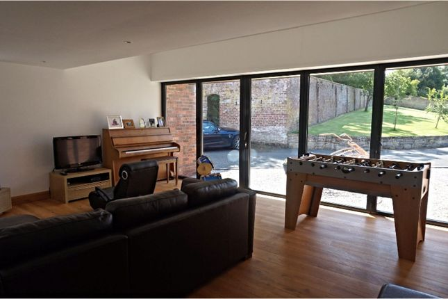 Family Room of Downing Road, Whitford, Holywell CH8