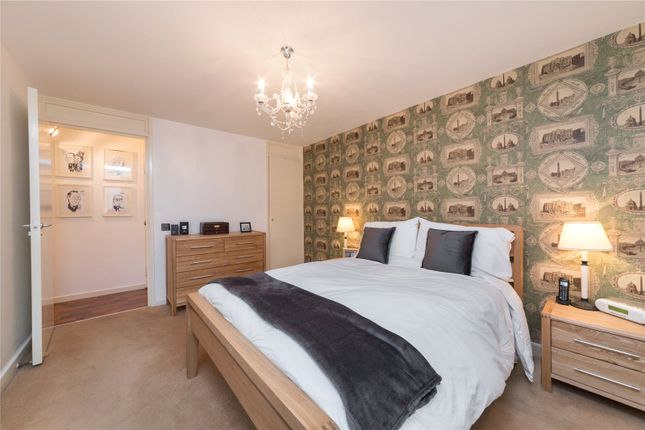 Bedroom of Odhams Walk, London WC2H