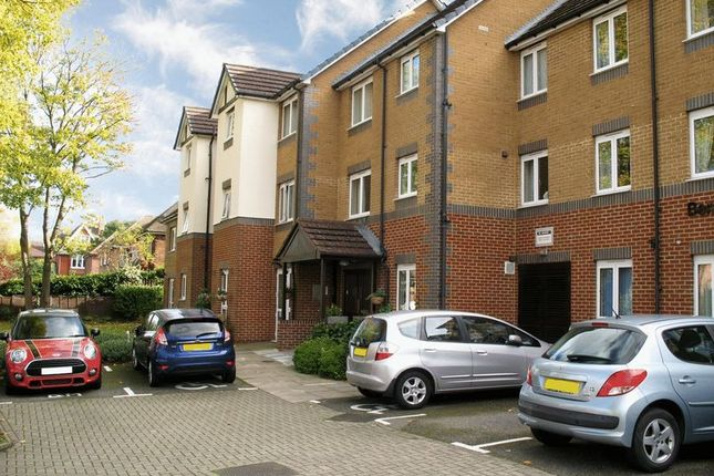 Thumbnail Flat for sale in Bentley Court (Camberley), Camberley