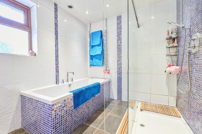 Bathroom of John Street, Higher Heyrod, Stalybridge, Greater Manchester SK15