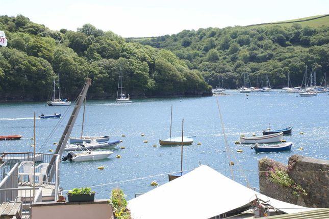 Thumbnail Cottage for sale in North Street, Fowey