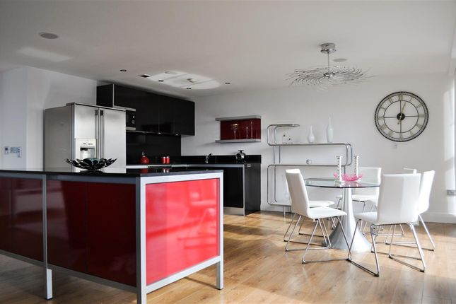 Thumbnail Flat to rent in Tempus Tower, 9 Mirabel Street, Manchester