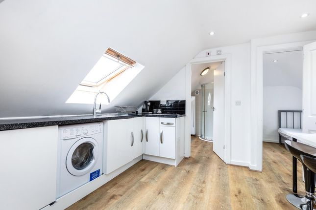 Thumbnail Flat to rent in Rydal Gardens, London