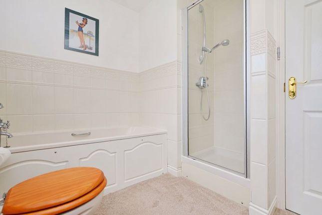 Family Bathroom of Toll House Mead, Mosborough, Sheffield S20