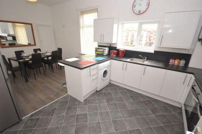Thumbnail Maisonette to rent in Hylton Road, Sunderland, Tyne And Wear
