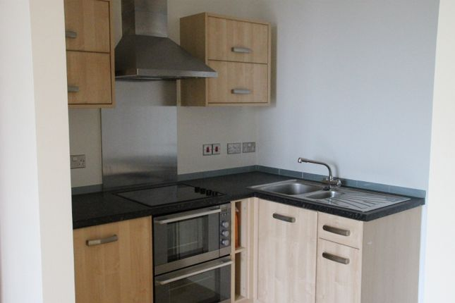 Thumbnail Flat to rent in Brittany Street, Plymouth