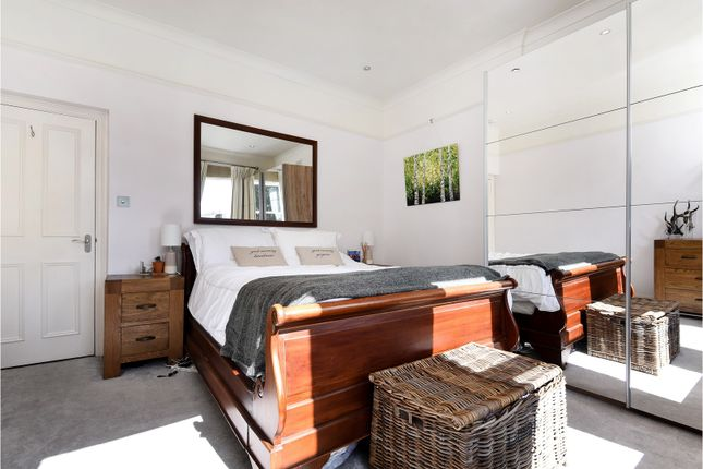 Thumbnail Flat for sale in Balham High Road, Balham