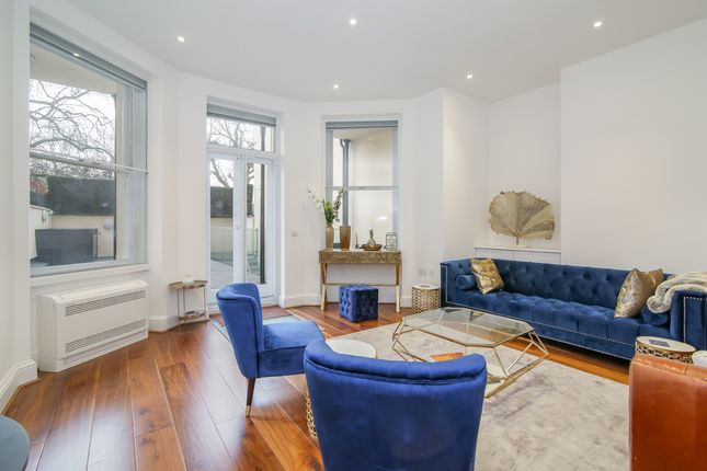 Thumbnail Flat to rent in Dunraven Street, London