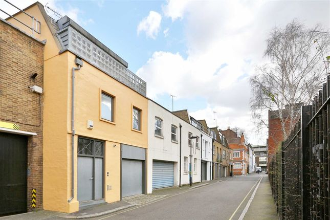 Thumbnail Property for sale in Johns Mews, London