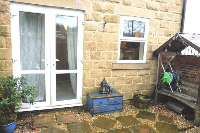 Thumbnail Flat to rent in Rodley Lane, Rodley, Leeds