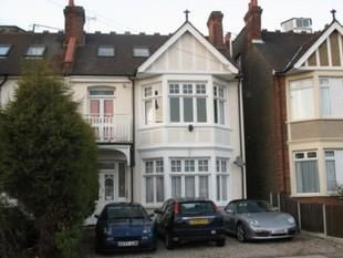 Thumbnail Flat to rent in First Avenue, Westcliff-On-Sea