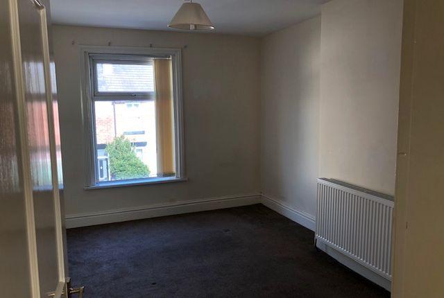 Bedroom of Poulton Road, Carlton FY6