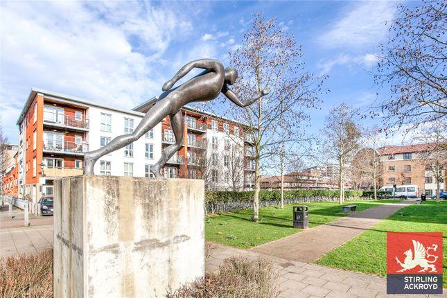 Picture No. 16 of Garway Court, 1 Matilda Gardens, London E3