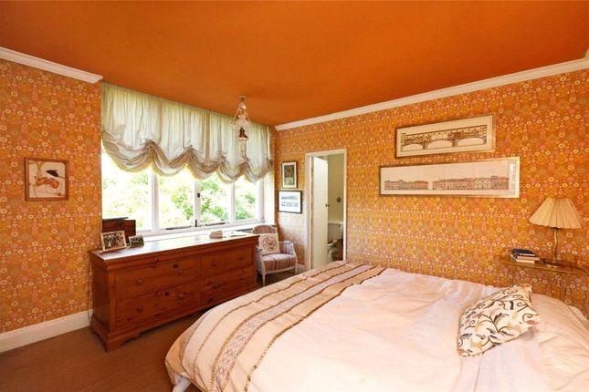 Picture No. 13 of Marryat Road, Wimbledon Village SW19