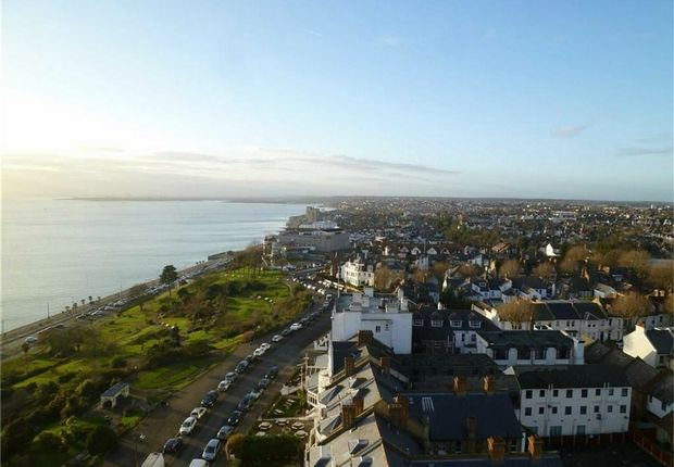 Thumbnail Flat to rent in Tower Court, Westcliff Parade, Westcliff-On-Sea, Essex
