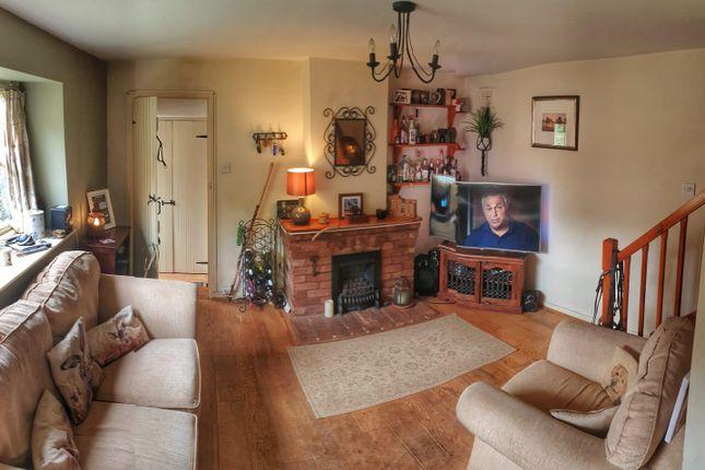 Lounge 2 of Sheepy Road, Sibson, Nuneaton CV13