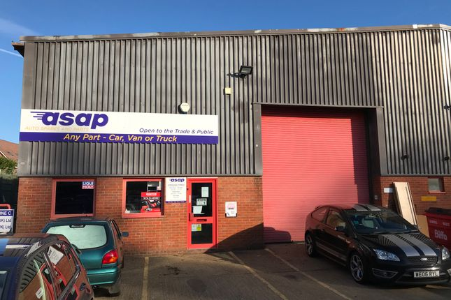 Thumbnail Industrial to let in Unit 1B, Beaver Industrial Estate, Liphook