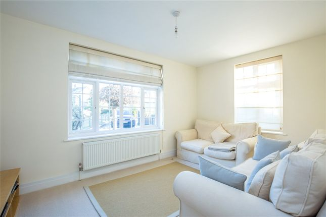 Thumbnail Semi-detached house for sale in Ryhope Road, New Southgate, London