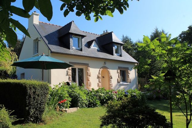 Thumbnail Detached house for sale in 22110 Kergrist-Moëlou, Côtes-D'armor, Brittany, France