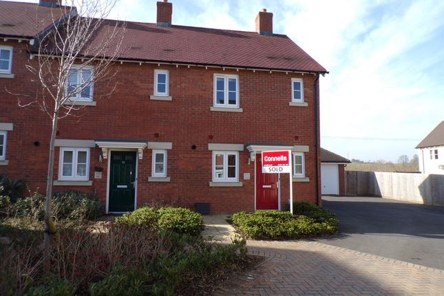 2 bed terraced house for sale in Mile Close, Andover
