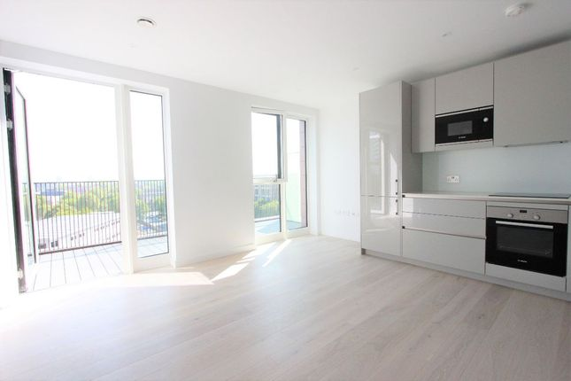 Thumbnail Bungalow to rent in Levy Building, 37 Haygate Street, Elephant & Castle, London