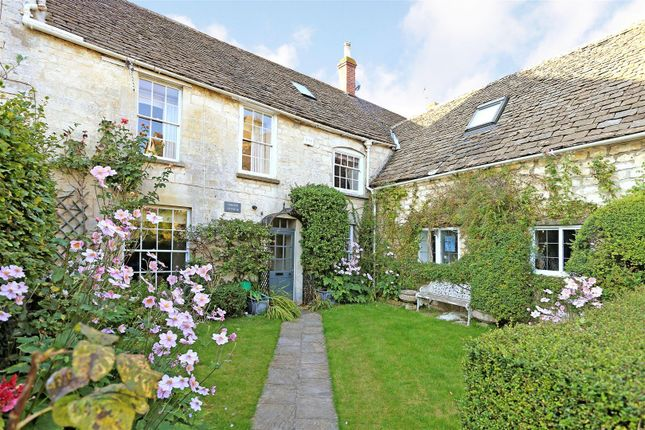 Thumbnail Cottage to rent in Barn Close, Nailsworth, Stroud