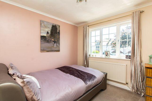 Bedroom of Shaftesbury Avenue, Southend-On-Sea SS1